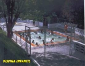 piscinaInfantil